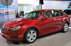 Chevrolet Cruze red color