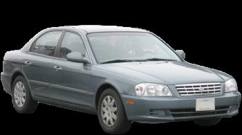 KIA Magentis / Sedan / 4 doors / 2005-2008 / Front-right view